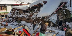 Schnee und Hochwasser in Pakistan und Afghanistan