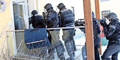 Spezialeinheit Cobra schnappt Taliban-Terrorist in Wels