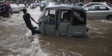 """Bangladesch Zyklon """"Bulbul"""""""