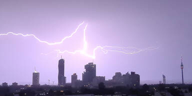Gewitter-Alarm: Unwetter vor den Toren Wiens