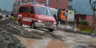 Erste heftige Gewitter sorgen für Überflutungs-Gefahr