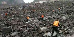 Erdrutsch in China: 141 Menschen verschüttet
