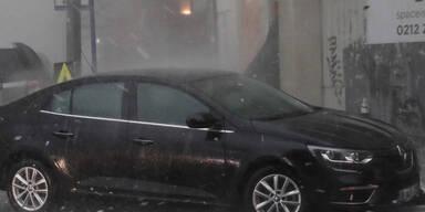 Heftiger Hagelsturm verwüstet Istanbul