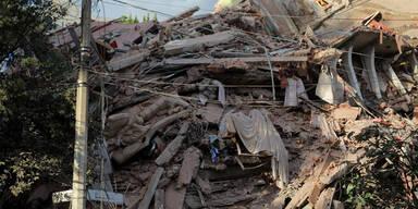 Schweres Erdbeben in Mexiko-Stadt fordert dutzende Verletzte