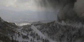 Hier bricht ein Vulkan im Skigebiet aus
