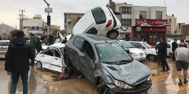 Iran trauert um 23 Tote nach Überflutungen