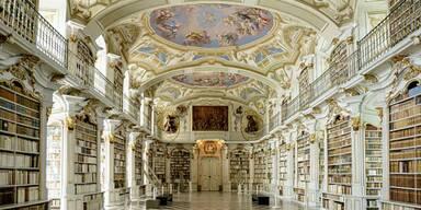 Stift Admont Bibliothekssaal.jpg