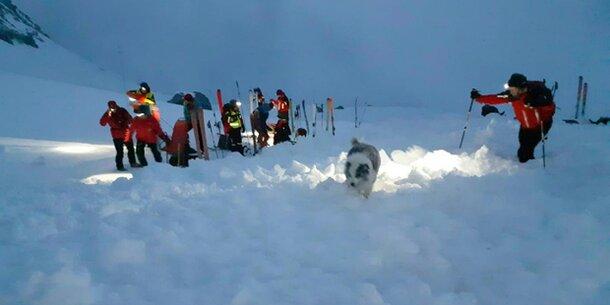 Lawinen-Drama: Skitourengeher (59) tot