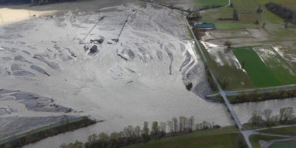 Unwetter: Schäden im dreistelligen Millionenbereich