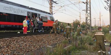 Defekte Weiche: ÖBB-Zug evakuiert