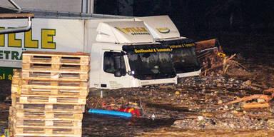 LKW Landeck Überschwemmung