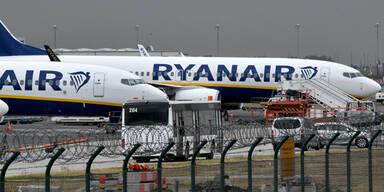 Ryanair Flugzeug am Flughafen