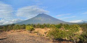 Tausende flüchten vor Vulkanausbruch in Bali