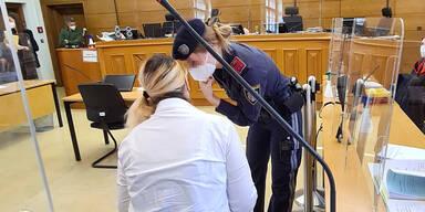 Mutter wollte Kind mit Griller töten: 10 Jahre Haft