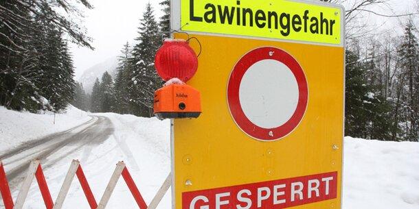 Starke Schneefälle und erhöhte Lawinengefahr