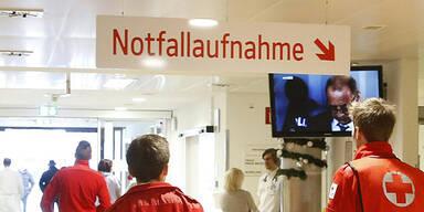 Notarzt Notfall Kärnten Klinikum Kärnten Rettung Arzt Sanitäter Erste Hilfe