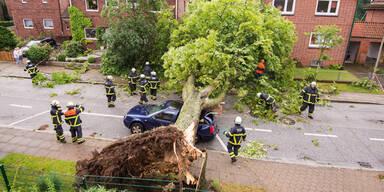 APAUnwetter-in-Hamburg-=.jpg