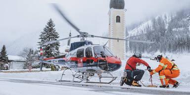 Weiter Schnee-Chaos in Österreich: Schulen zu, Stromausfälle & Lawinengefahr