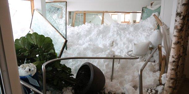 Lawine krachte in Wellness-Bereich von Hotel