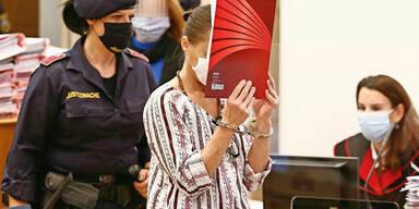 Witwe ermordet: Hexen-Trio erneut vor Gericht