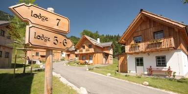 Ferienapartments, Hüttendorf & 4-Sterne Hotels