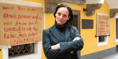 Angst vor Haft: Linzer Wut-Wirtin gibt auf