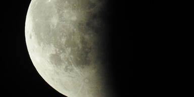 Atemberaubende Bilder des Mond-Spektakels