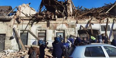 Eingestürzte Häuser Kroatien c twitter @_antens.jpg