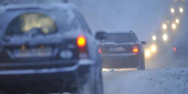 Schnee-Chaos: Südautobahn gesperrt