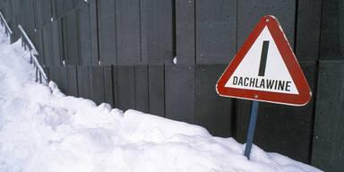 Kärnten: 79-Jähriger von Dachlawine erschlagen