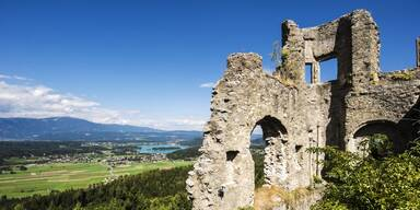 Burg Finkenstein Faaker See.jpg
