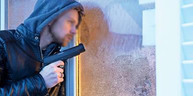 Home Invasion Überfall einbruch Einbrecher