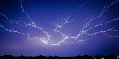 Rekord: 150.000 Blitze in einem Tag
