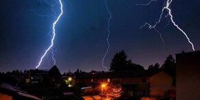 Heftige Gewitter auch in der Nacht