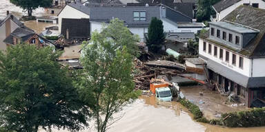 Todesflut: Wenig Hoffnung auf Rettung Überlebender