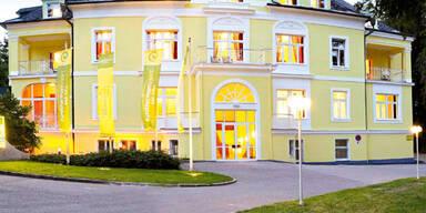 Hotel Miraverde Bad Hall Au+ƒenansicht.jpg