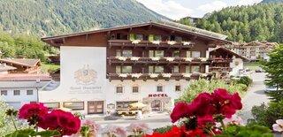 Hotel Neuwirt Finkenberg - Sommerbild.jpg