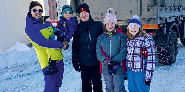 Nach 6 Tagen: Gerettete aus Schneehölle befreit