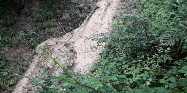 Murenabgang im Bezirk Amstetten: Straßensperre