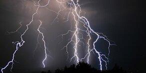 Wetter-Warnung: Schwere Wärmegewitter ziehen auf