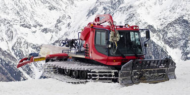Pistenraupe Tirol