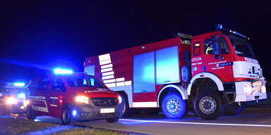 Oldtimer brennt A2 Feuerwehr