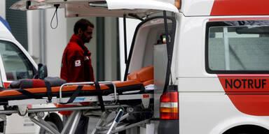 Arbeiter stürzt von Dachstuhl – tot