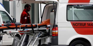 Lkw erfasst Fußgänger in Wien – 64-Jähriger tot