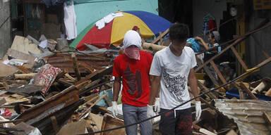 Haiyan Tacloban Looters Taifun