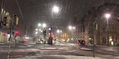 Schnee-Wien-Oper.jpg