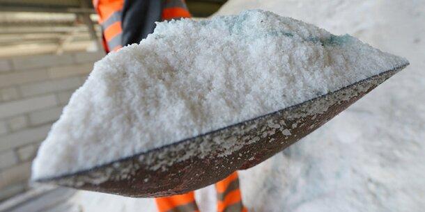 1 Meter Schnee! Schneewalze rollt auf Österreich zu