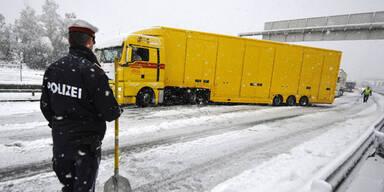 Schnee in Tirol