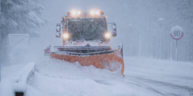 Schneewalze rollt weiter über Österreich