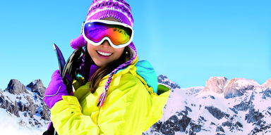 Ski_Lady_54872670.png